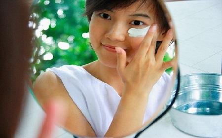 cách chữa trị mụn thịt quanh mắt 5